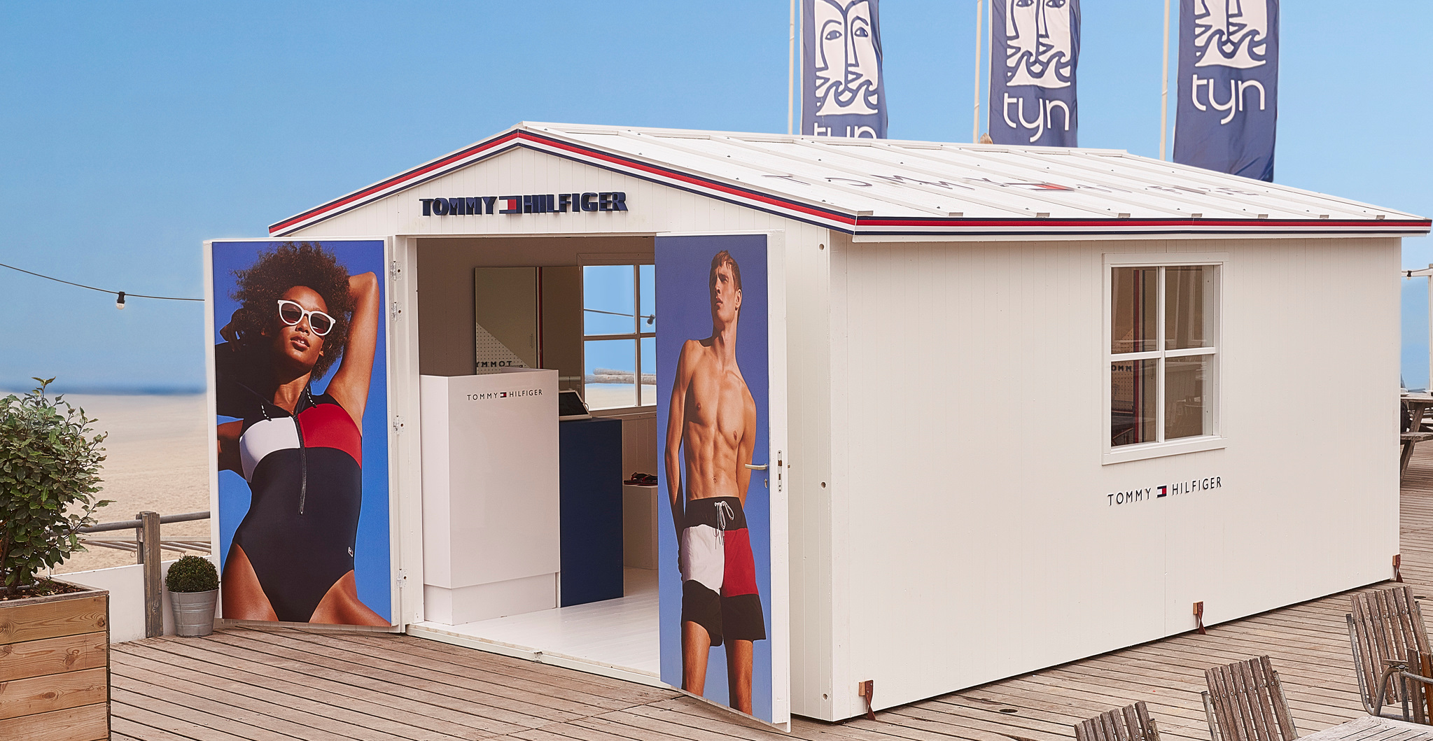 Tommy Hilfiger beach popup store